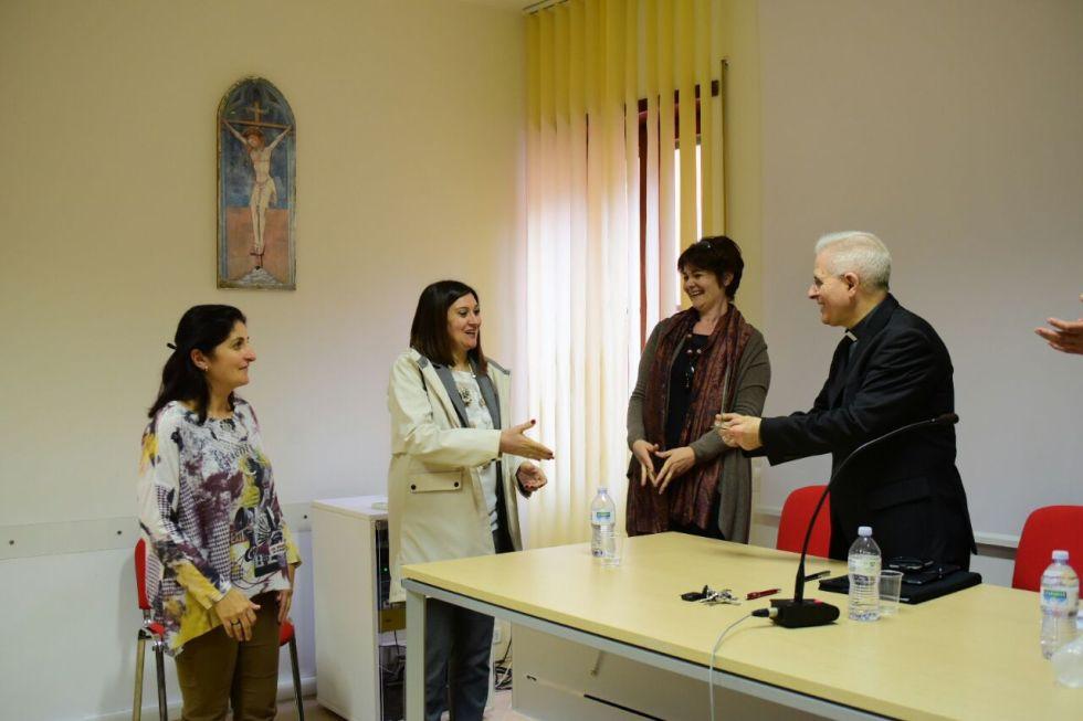 Il saluto del Circolo ACLI San Giuseppe Lavoratore di Roccasecca dei Volscia Padre Miguel Tuch e un benvenuto al nuovo parroco PadreErique
