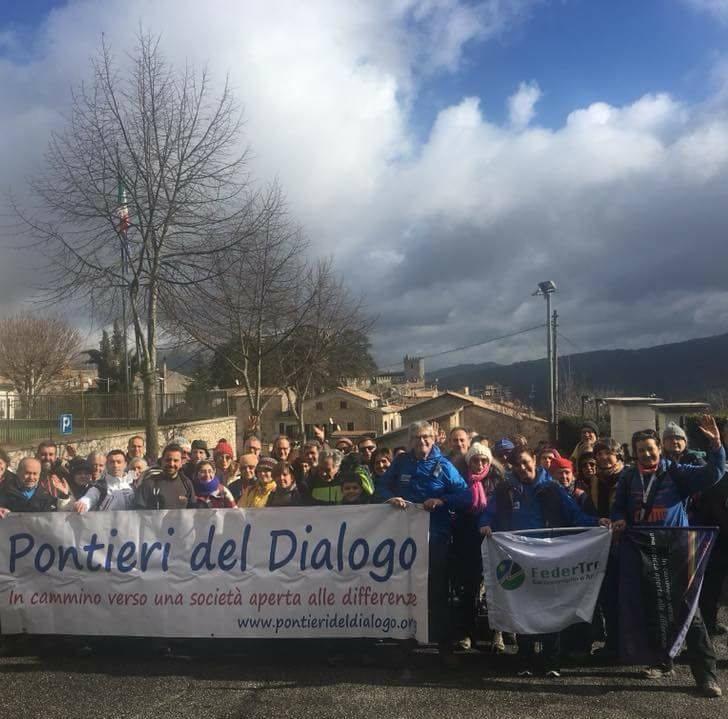 """Progetto """"i passi accanto lungo il Cammino di San Benedetto con Elisa"""": intervista ad Andrea Fellegara e Luisa Mostile di Pontieri delDialogo"""