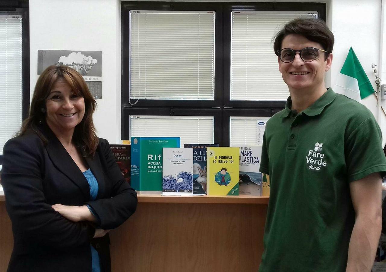 """""""Fare Verde""""dona altri nove volumi alla Biblioteca Comunale: cresce il Progetto """"EcoLibri"""""""