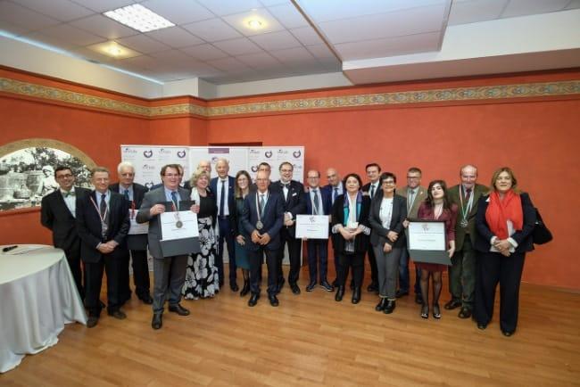 Vinitaly-2019-Premio-Angelo-Betti-Benemeriti-della-Vitivinicoltura-italiana.jpg