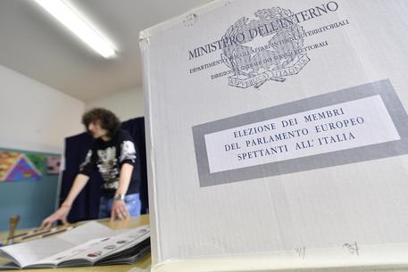 Europee: a Roma alle 19 quasi il 40% al voto