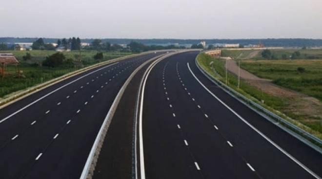 autostrada-84035.660x368