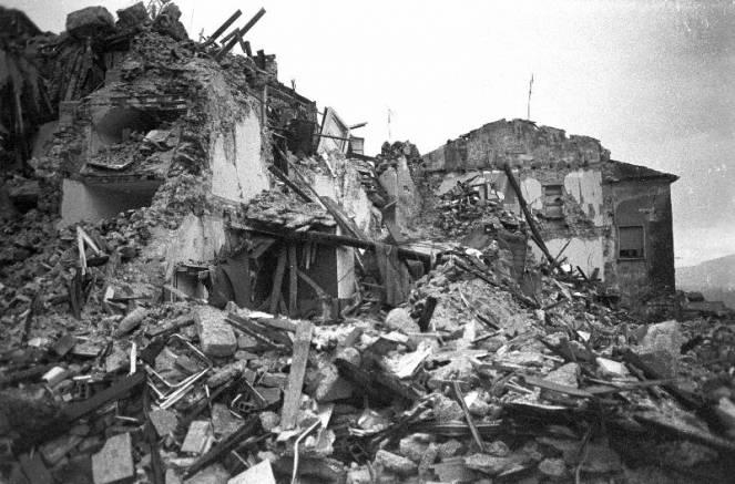 terremoto-irpinia-1980-un-disastro-di-immani-proporzioni-3bmeteo-68464
