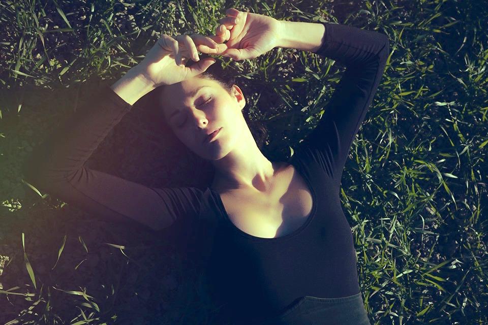 arianna_porcelli_safonov_rìding_tristocomico