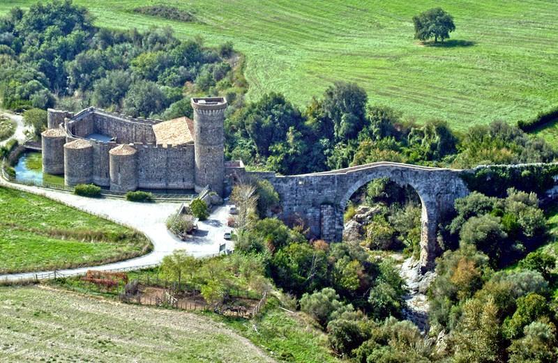 Castello-della-Badia.jpg