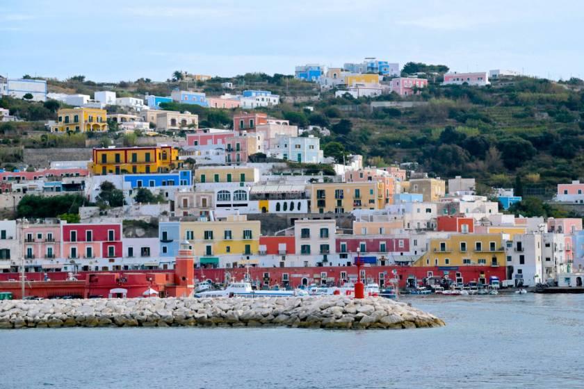 ponza_porto_turistico