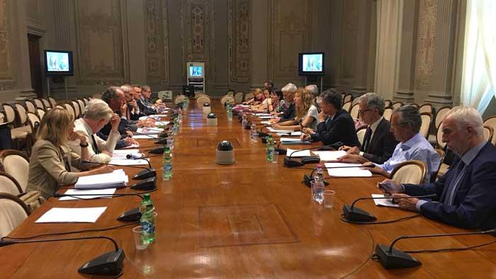 Veneto-autonomia-tavolo-trattativa.jpg