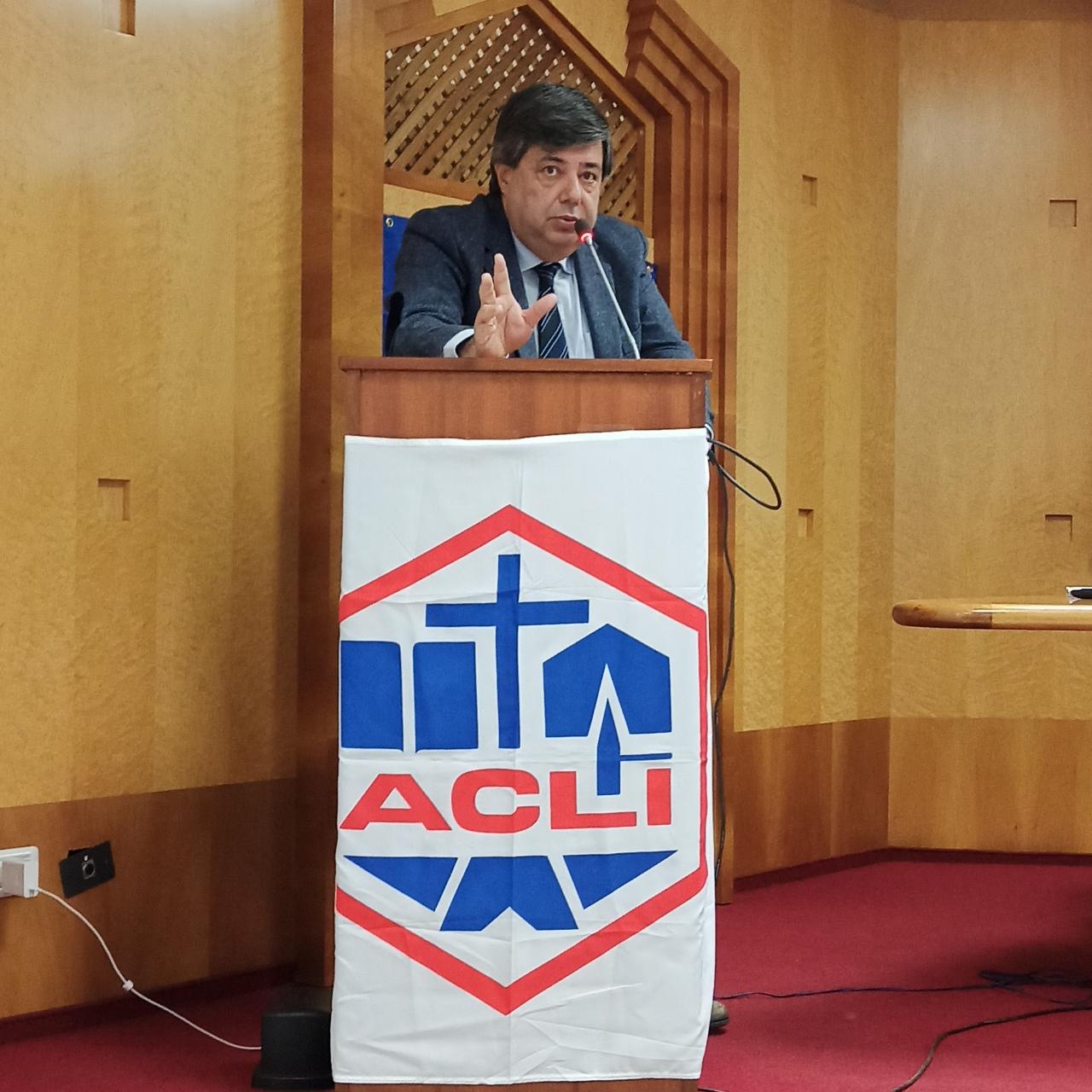 """Ivan Simeone (CLAAI Assimprese): sinergia per un impegno sociale sul territorio pontino. Attenzione alla """"Comunità Grigia"""". Intervento al XXVII Congresso provinciale ACLI diLatina"""