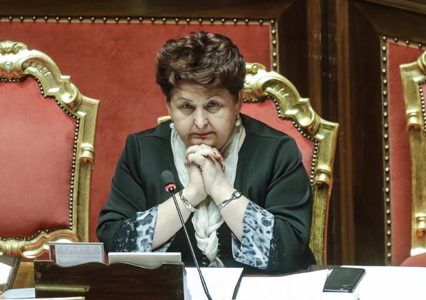 CORONAVIRUS: BELLANOVA, 'MERCI ITALIANE SANE, SLEALE CHIEDERE CERTIFICAZIONE'