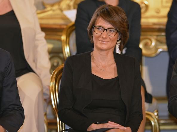 """""""Individuare soluzioni adeguate per i bambini e per le loro famiglie"""" così il ministro Elena Bonetti suFB"""
