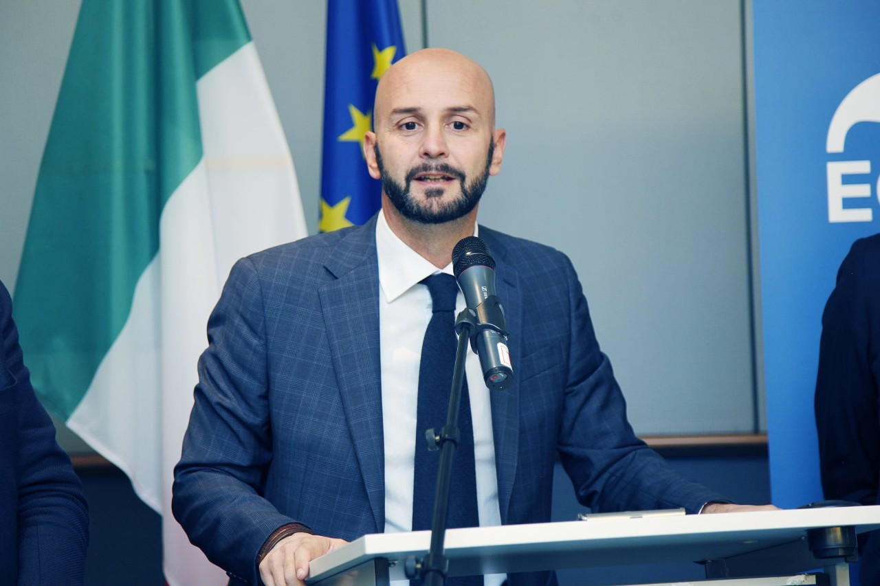 """PROCACCINI (FDI): """"DA UN ANNO COMBATTIAMO PER CAMBIARE L'EUROPA DIFENDENDOL'ITALIA"""""""