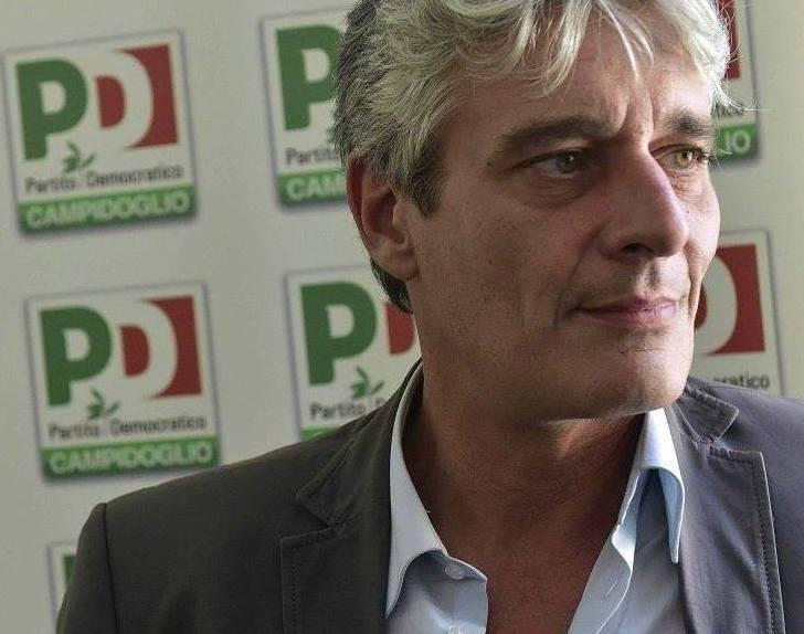 """Roma: Pd, interrogazione su 200mila euro per """"propaganda"""" Raggi"""