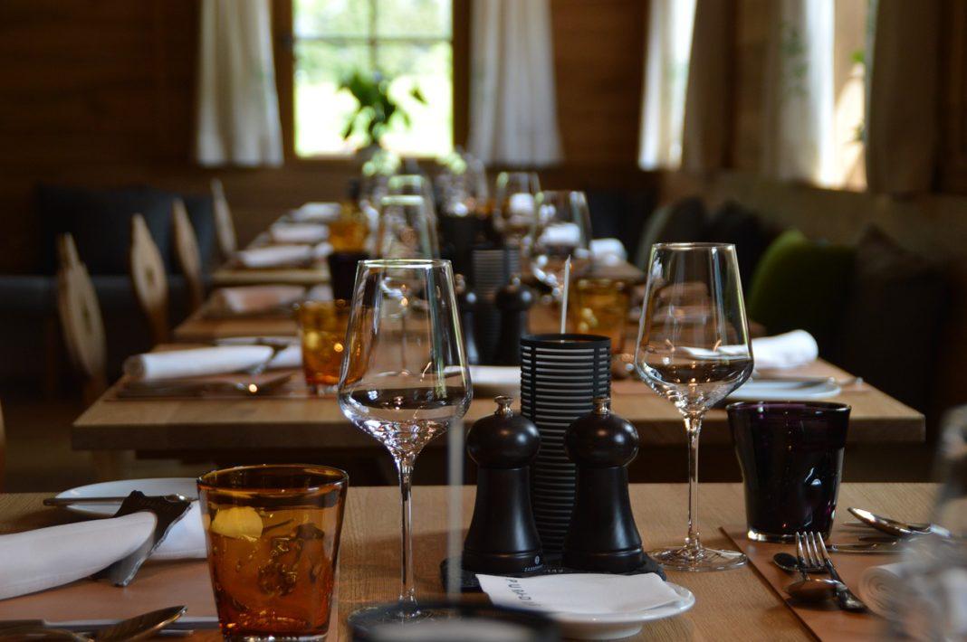 Coldiretti: crollo ristorazione costa 1,5 mld in cibo ebevande