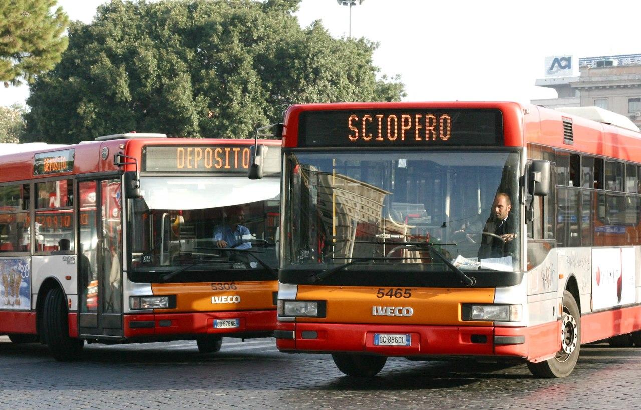 TRASPORTI. ROMA, VENERDI' SCIOPERO: BUS, METRO E FERROVIE ARISCHIO